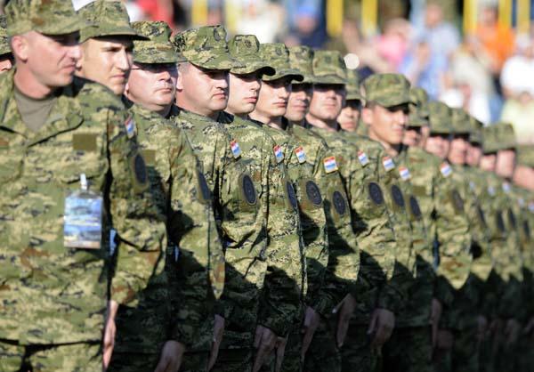 Dana Oruzanih snaga RH i hrvatske kopnene vojske 280509