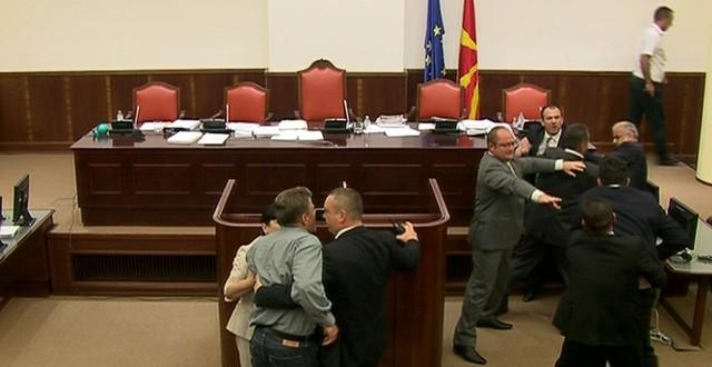 makedonija makedonski parlament tučnjava