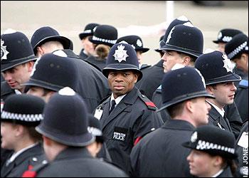 """""""Afro-britanski"""" policajac"""
