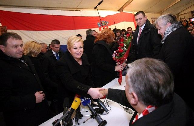 Predsjednica Republike Hrvatske Kolinda Grabar Kitarović branitelji savska 66 šator ante deur glogoški