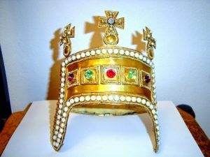 kruna kralja zvonimira kruna kralja tomislava starohrvatska kruna mladež hčsp zvonimirova kruna tomislavova kruna ozalj zrinski frankopani
