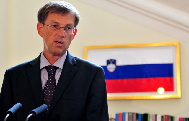 slovenski premijer miro cerar slovenija