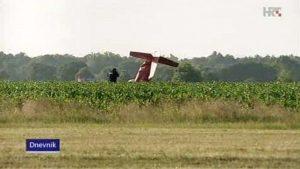 zvekovac avion aeromiting