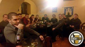 desničari u pubu, generacija obnove, pinta