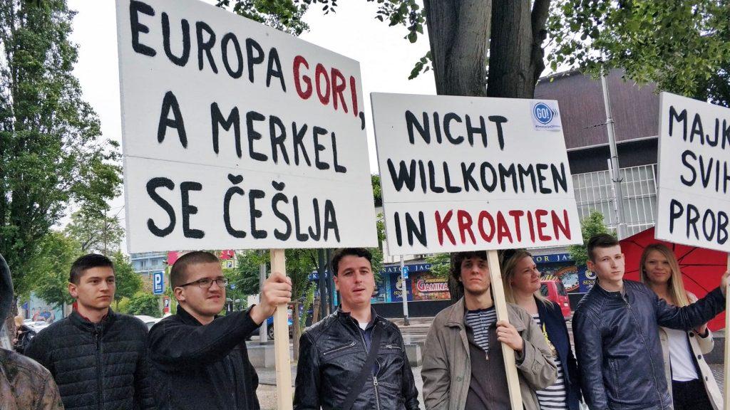 """Generacija obnove dočekala Angelu Merkel: """"Nije dobrodošla u Hrvatsku!"""""""